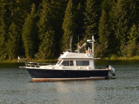 1993 Sabreline 34 Fast Trawler