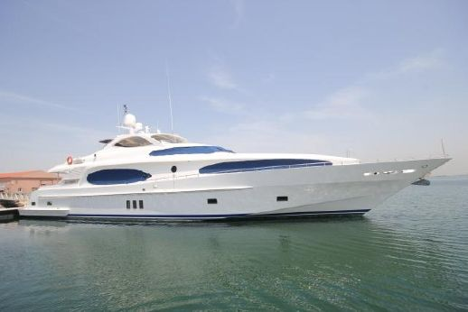 2008 Gulf Craft Majesty 118