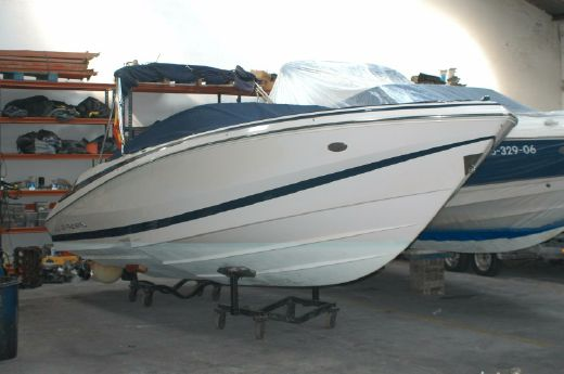 2004 Regal 2200 Bowrider
