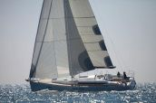 photo of 44' Jeanneau 439