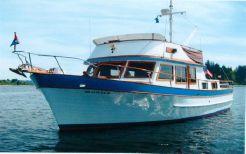 1976 Ocean Marine Tri Cabin