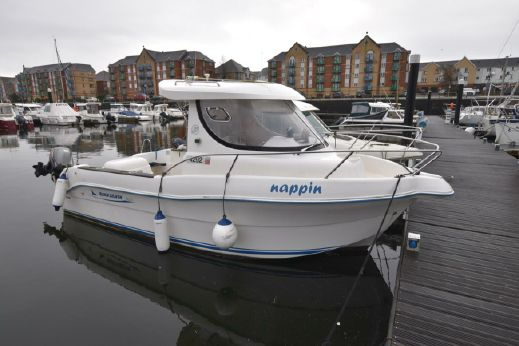 2006 Quicksilver 630 Pilothouse SD