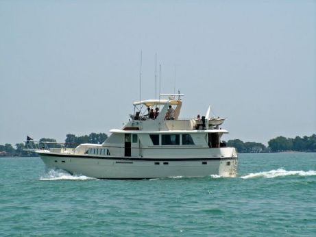 1984 Hatteras Extended Deck Motor Yacht