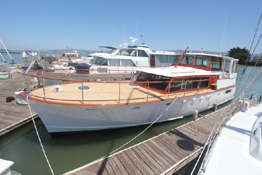 1960 Stephens flush deck motoryacht