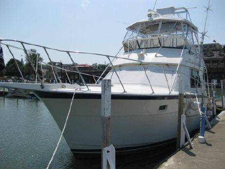 1978 Hatteras 37 Convertible Sportfish, New Enclosure!