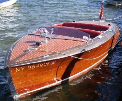 1942 Chris Craft 17 Barrelback