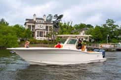 2015 Scout Boat Company LXF/XSF/SF 300 LXF