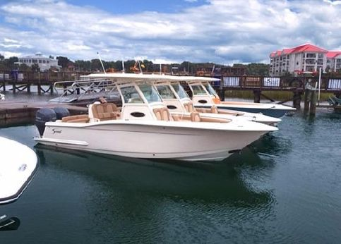 2016 Scout Boats 255 LXF