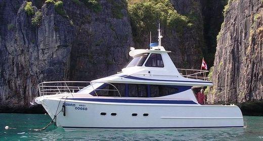 2003 Gavin Mair Design Buzzcat 43