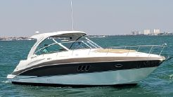 2014 Cruisers Yachts 380 Express Coupe