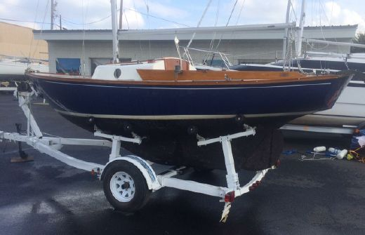 1978 Cape Dory Typhoon