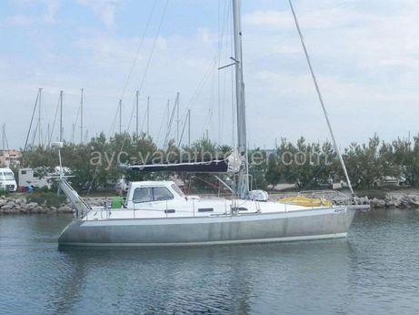 2004 Universal Yachting Universal 40