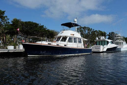 2002 Eastbay 43 FLYBRIDGE