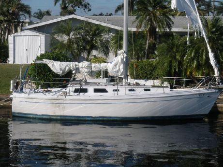 1972 Columbia 30 Sloop