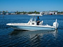 2020 Boston Whaler 240 Dauntless
