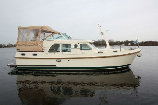 2011 Linssen Grand Sturdy 34.9 AC