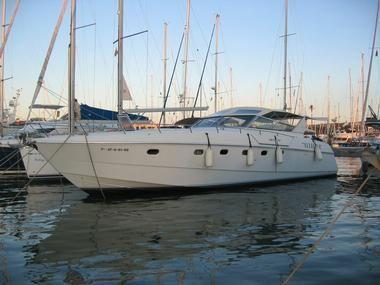 1991 Ferretti Yachts Altura 47 open