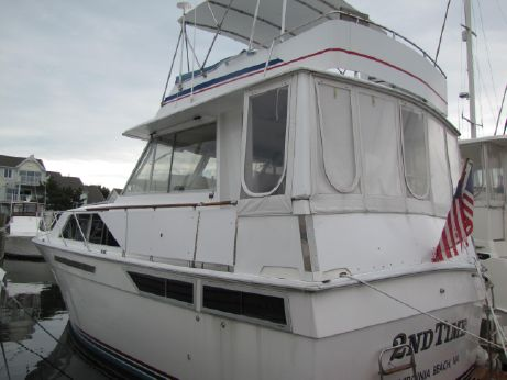 1975 Pacemaker 39 Motor Yacht