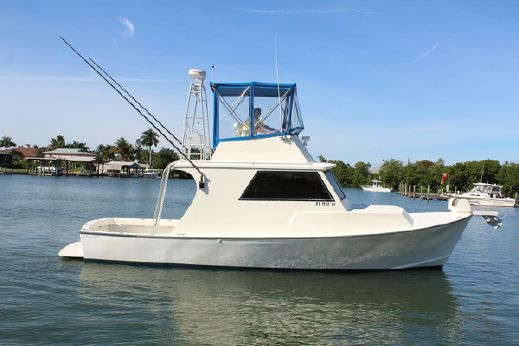 2001 Crusader 34 Flybridge Sportfish
