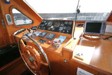 thumbnail photo 2: 1994 Trader 58 Sunliner