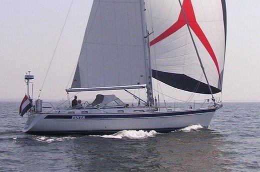2005 Hallberg-Rassy 43