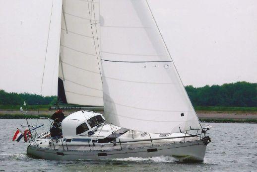 1989 Beneteau Oceanis 390