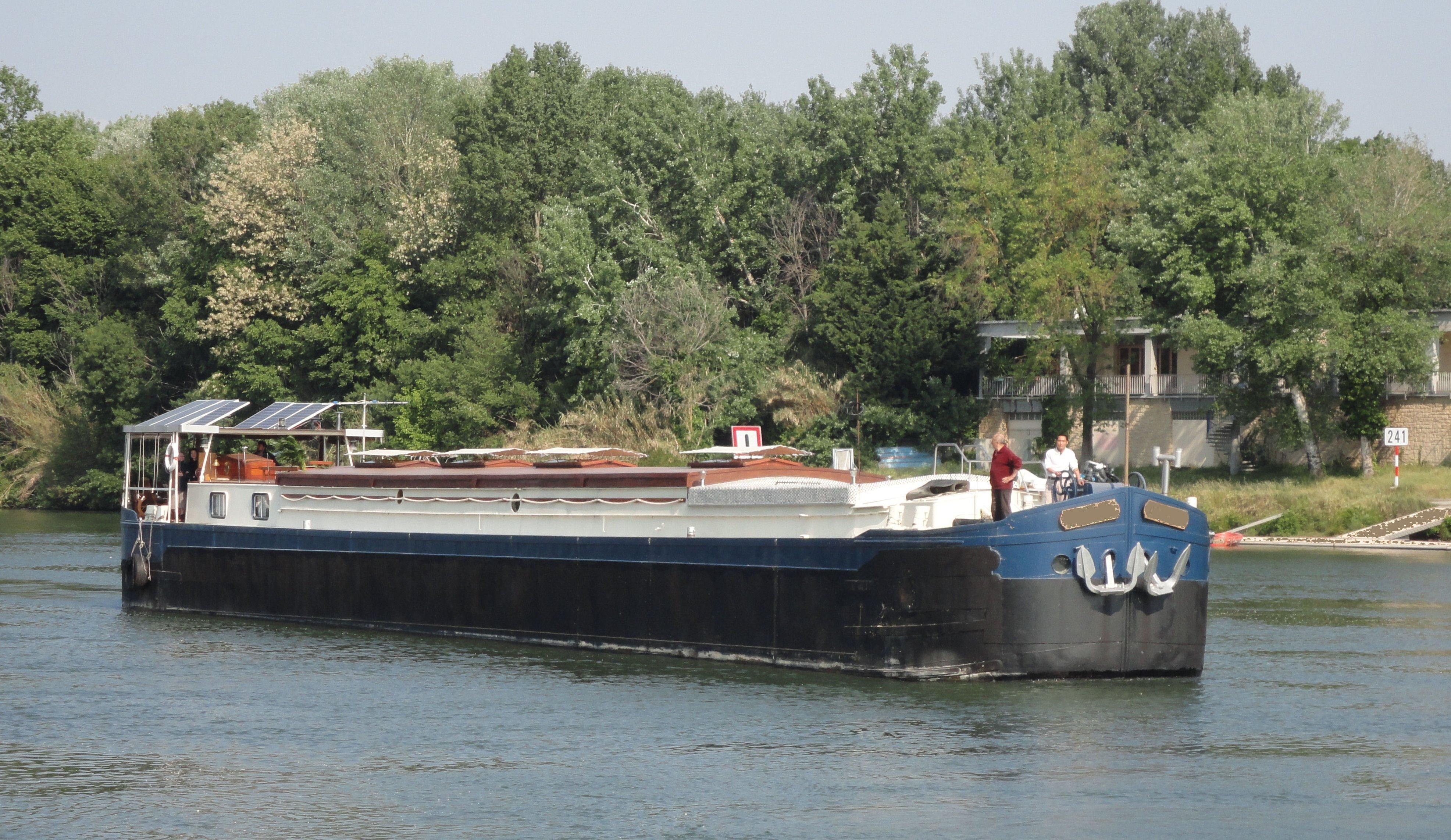 1950 Strasbourg Peniche Luxury French Canal Barge Power