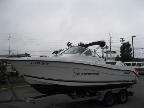 2002 Sea Swirl Striper 2101 DC