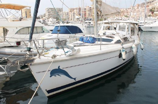 1998 Hunter Marine 410