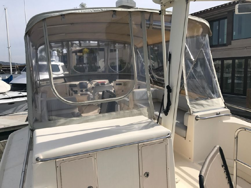 Mainship 400 Trawler Boat for sale