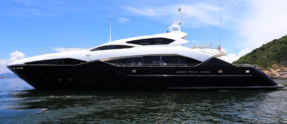 2011 Sunseeker Predator 130 Power Boat For Sale Www Yachtworld Com
