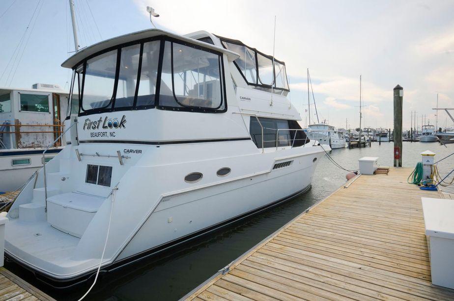 1999 Carver 406 Aft Cabin Motor Yacht Power Boat For Sale -