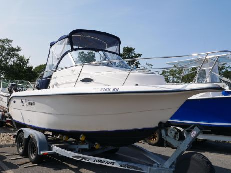 1999 Sea Era Legacy 210 Cuddy