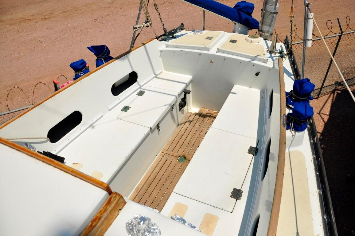36' Cascade Sloop+Photo 33