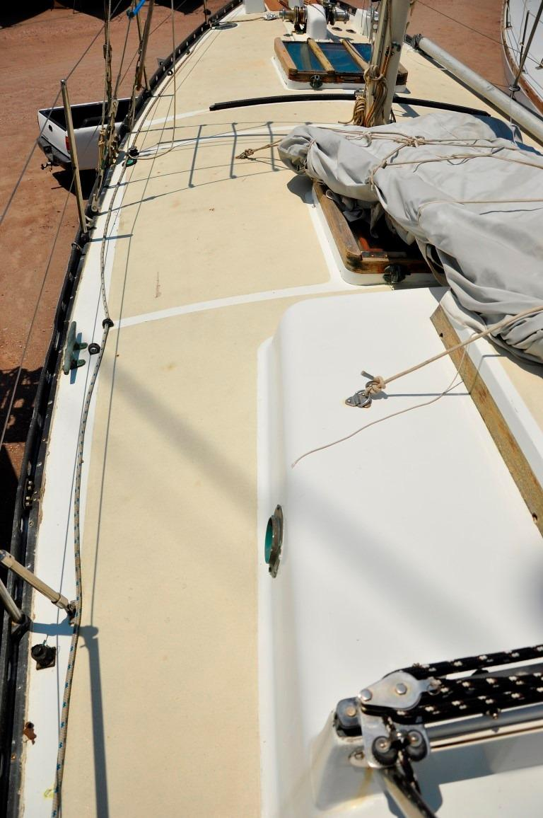 36' Cascade Sloop+Photo 34