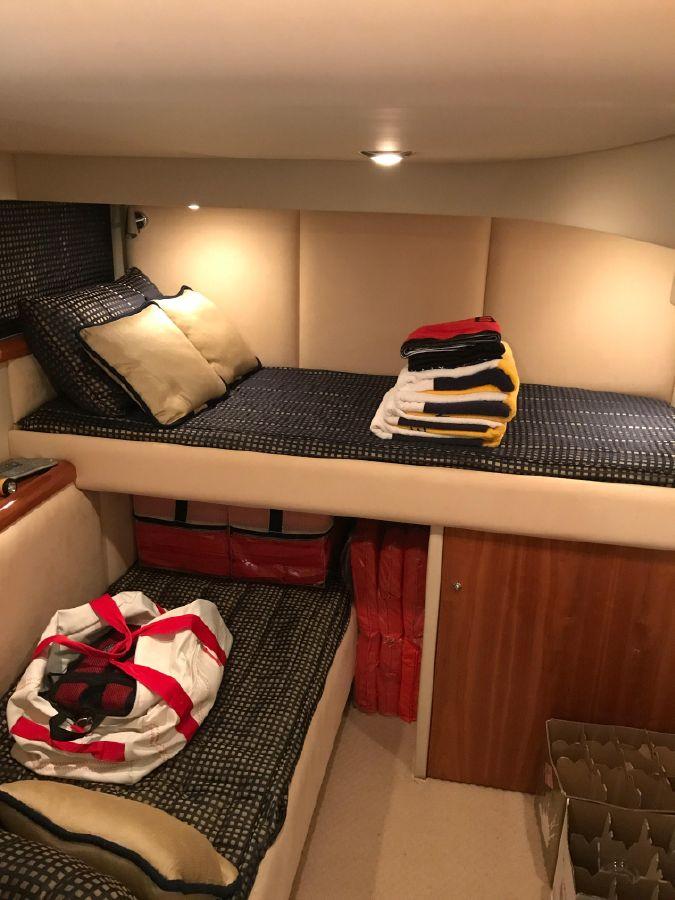 Sunseeker 53 Pprtofino Yacht Guest Beds