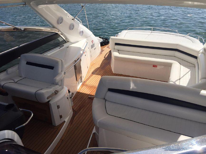 Sunseeker 53 Portofino Yacht Cockpit Seating