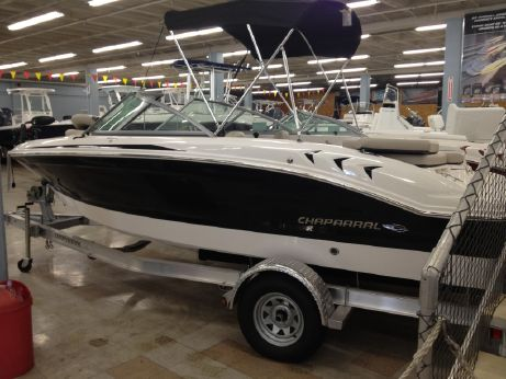 2013 Chaparral 18 Ski & Fish H2O