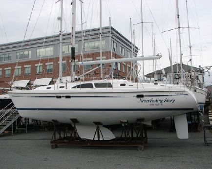 2006 Catalina 387