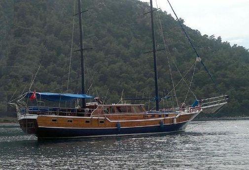 1996 25 M 8 Cabin Ketch