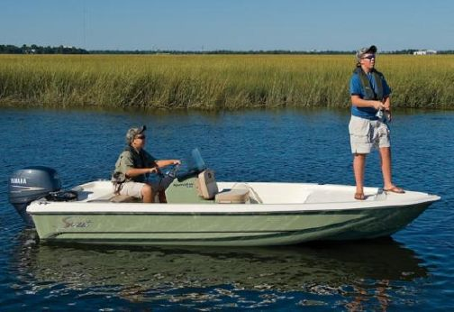 2015 Scout Boats 151 Sportfish