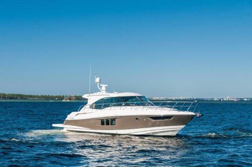 2015 Cruisers Yachts 45 Cantius