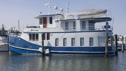 2000 Florida Bay Coaster Raised Pilothouse