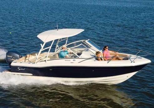 2012 Scout Boats 245 Dorado