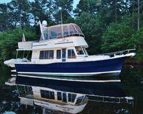 "2005 Mainship ""400"" Trawler"