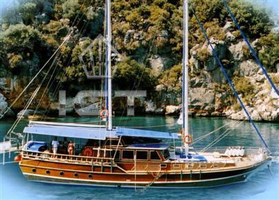 2004 Mediterranean Classic ketch [GA20089]