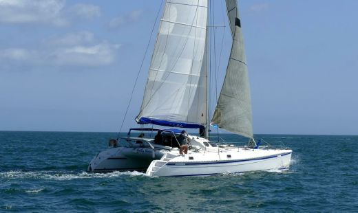 2004 Outremer 45