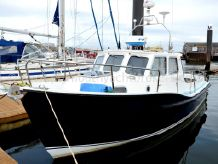 1984 Newhaven Sea Warrior 27