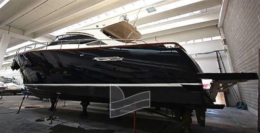 2011 Austin Parker AP 52 HT