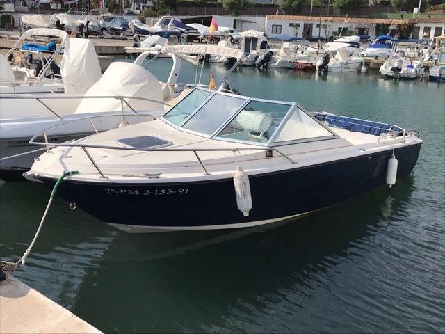 1990 Glastron Aventura 214 Power Boat For Sale